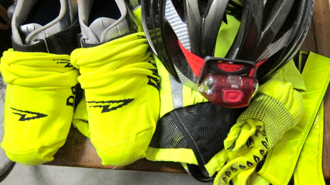 I've got that rando glow with my neon vest, gloves, straps and shoe covers -- the latter were a big hit and I received a lot of compliments from my fellow riders and civilians.